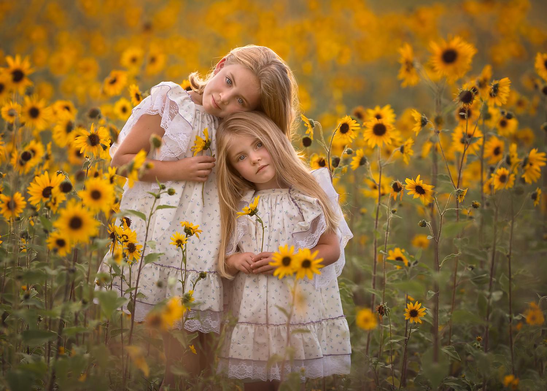نمونه عکس کودکان با نور طبیعی ملایم